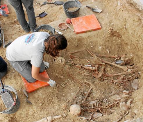 Los trabajos de exhumación en la fosa de Porreres se iniciaron el 2 de noviembre.