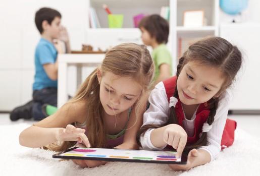 En un contexto de renovación educativa, emerge con protagonismo propio el denominado aprendizaje basado en proyectos.
