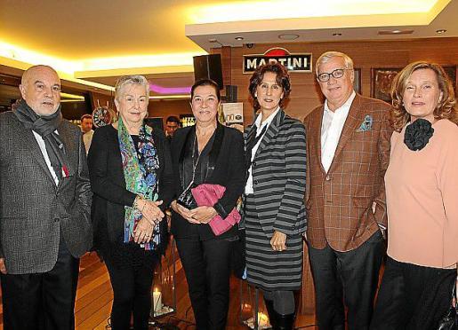 Antonio Borrás, María Antonia Morey, Ketty Isern, Paloma Buades, Josep Lluís Roses y Sarah Lambourne.