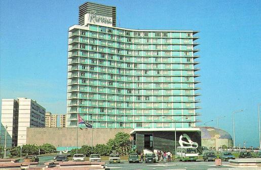 Fachada del emblemático Riviera, que pasa a manos de Iberostar, convirtiéndose en su segundo hotel en La Habana.