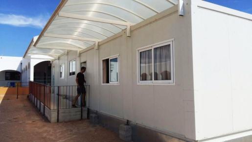 Uno de los barracones del colegio Sant Ferran en la isla de Formentera.