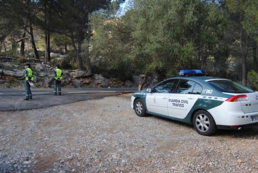 La Guardia Civil se coloca en puntos estratégicos de la Serra Tramuntana.