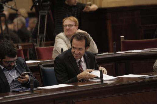Marc Pons en el Parlament.