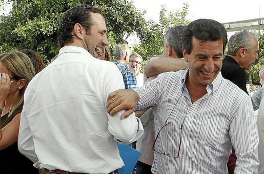 José Ramón Bauzá y Gabriel Company, en una reunión del PP en 2015.