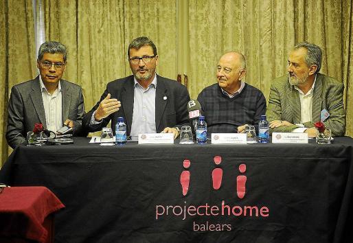 Lino Salas, Jesús Mullor, Bartomeu Català y Luis Bononato, ayer en Palma.