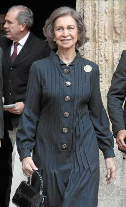 La reina Sofía, a la salida de la Seu.