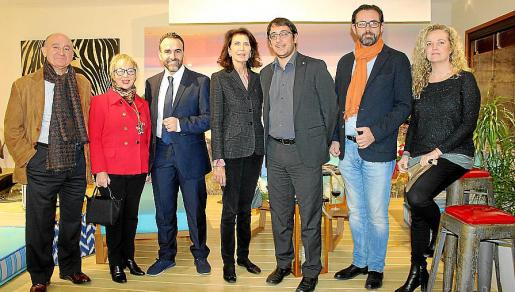 Francisco Martorell, Magdalena Ripoll, Rafael Ballester, Carmen Planas, Iago Negueruela, Alejandro Sáenz de San Pedro y Patty de Luque.