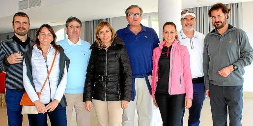 Marc Pérez, Isabel Teruel, Toni Ballester, Cristina García, Ángel Latorre, Sonia Ojeda, Joaquín Perurena y Sebastián Escarrer, presidente de APD.