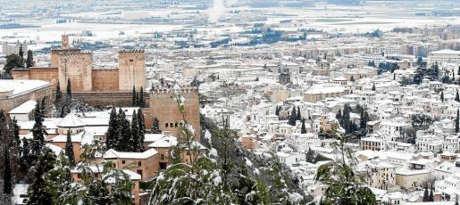 Granada cubierta de nieve.