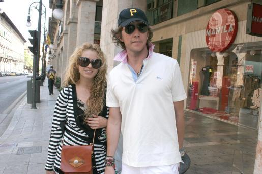 Paulina Rubio y Nicolás Vallejo-Nájera, en una de sus visitas a Palma.