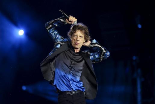 Fotografía de archivo tomada el 24 de febrero de 2016 del cantante de la banda británica Rolling Stones durante un concierto.