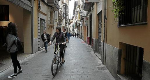 La calle de Sant Feliu es única y con un encanto especial.