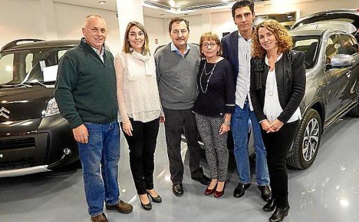 Miquel Tugores, Marga Oliver, Pep Oliver, Maria Concepció Cortés, Rafael Oliver y Eugenia Vila.