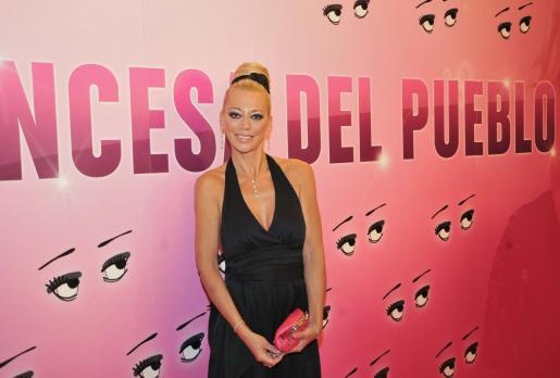 Belén Esteban aparecerá en 'Torrente 4' y en 'Aída'.