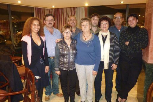 Giolena Gaviria, Domingo Llull, María de los Àngeles Ruiz y la presidenta Elvira Jiménez, Marino de la Rocha, Juan Medrano, Lola Cano, Antonio y Patricia Fuentes.