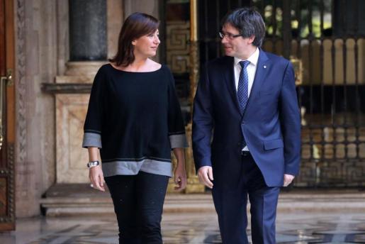 La presidenta balear se ha reunido con el presidente de la Generalitat en Barcelona.
