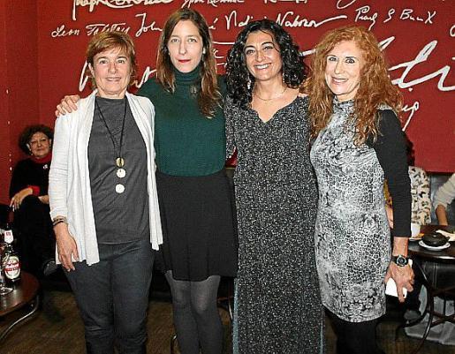 Pilar Tejera, Marina P. de Cabo, Empar Bosch y Lita Riera.