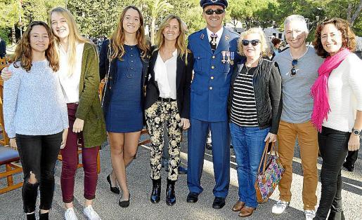 Carol Pérez, Irena Blanes, Sandra Blanes, Aurora Garau, José Luis Blanes, Alicia Álvarez, Oscar Pérez y Alejandra Arnau.