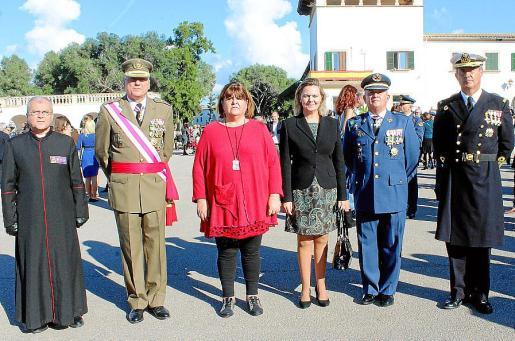 Manuel Redondo, Juan Cifuentes, Xelo Huertas, María Salom, Eusebio Lozano y Juan Moreno.
