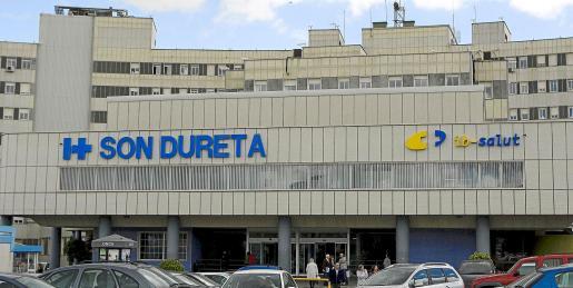 Parte de la actividad quirúrgica programada se continuará realizando en Son Dureta hasta el fin de semana del traslado. Fotos: JAUME MOREY