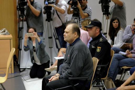 Antonio Ortega, 'El Rubio', durante un juicio por la presunta violación que sufrió otro niño.