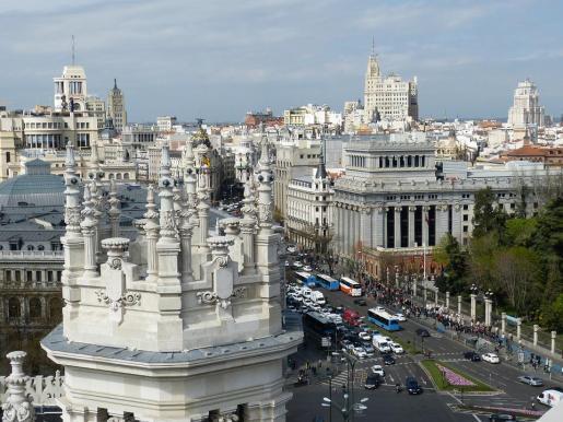 Imagen de archivo del tráfico en Madrid.