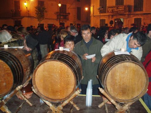 Los celleres del municipio presentarán sus vinos en una torrada gratuita.