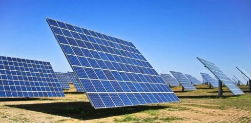 En la imagen, placas solares en Palma.
