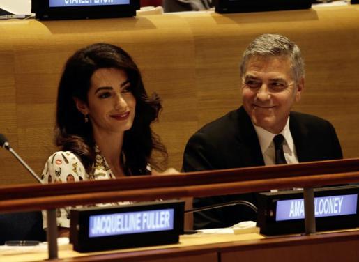 En la imagen, el matrimonio Clooney.