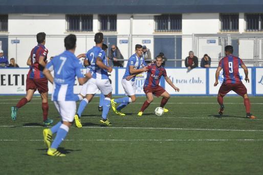 El Atlètic Balears se ha enfrentado al Atlético Levante en Son Malferit.