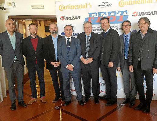 José L. Lombardi, José Domingo, Jaume Mateu, José A. Álvarez, Rafael Roig, Miquel Florit, Salvador Servera y Toni Rossell.