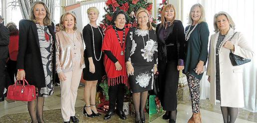 Magdalena Grúa, Leo Planells, Aina Aguiló, Margarita Mateu, Rafi Córdoba, Hanana Saddi, Águeda Ropero y Catalina Grúa.