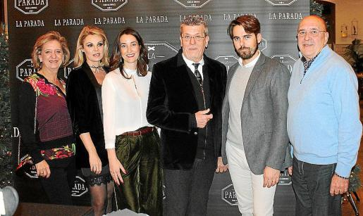 Maria Antonia Oliver, Yolanda García, Marisa Ruiz, Toni Oliver, Pau García y Pedro Colom.