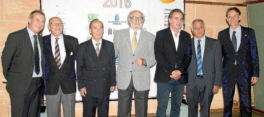 Tolo Camps, Joan Rosselló, Bernardo Santano, Miguel Bauzá, Alberto Tous, Toni Ferragut y Juanjo Lemm.