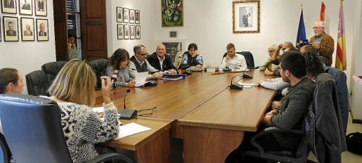 MÉS advierte presuntas irregularidades en la convocatoria de subvenciones y pide una rectificación al gobierno municipal.