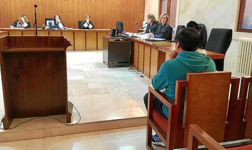 El acusado durante el juicio celebrado en la Audiencia Provincial de Palma.