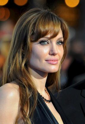 """Fotografía de archivo tomada el 18/08/2010 en Berlín (Alemania), de la actriz estadounidense Angelina Jolie, que promocionó en París su última película """"The Tourist"""" en la que interpreta a una elegante mujer británica."""