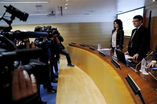 El ministro de Energía, Turismo y Agenda Digital, Álvaro Nadal, junto a la secretaria de Estado de Turismo, Matilde Asián, durante la rueda de prensa para presentar el balance turístico de 2016.