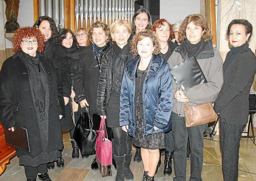 Azucena Martín, María del Carmen Estellés, Margarita Reynés, Maria Bel Guerrero, Ana Mauri, Ella Noster, Marilén Tugores, María José Palacios, Neus Grizón, Antònia Mora y Fausti Fernández.