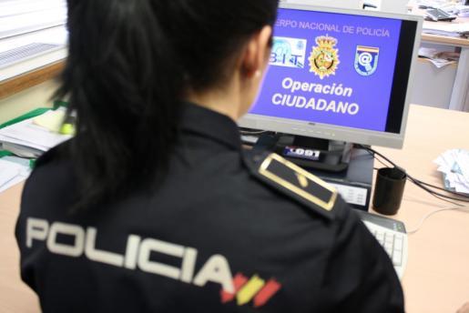 El Grupo de Delincuencia Tecnológica de la Policia participa en la investigación.