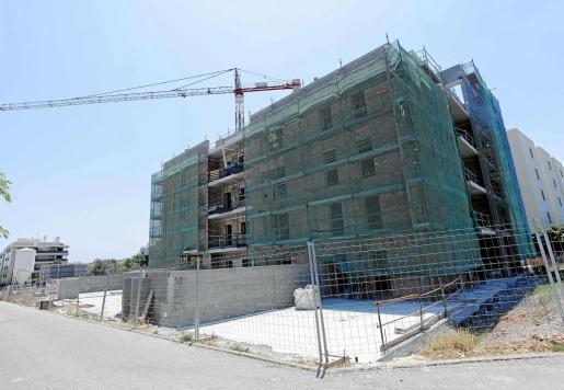 La construcción de las viviendas plurifamiliares se ha reactivado en las Pitiüses y se prevé que siga aumentando.