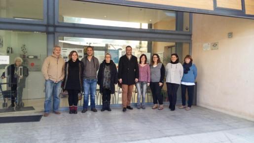 En la imagen, la visita al nuevo punto de Atención de La Soledat con el alcalde José Hila y la regidora de Benestar i Drets Socials, Mercè Borràs.