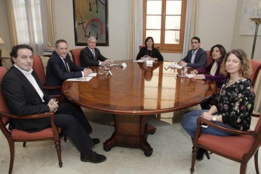 En la imagen, reunión de los representantes de las Cámaras de Comercio.