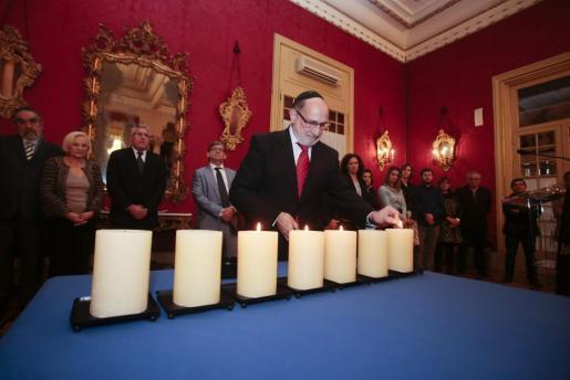 En la imagen, la Celebración del Día Oficial del Holocausto en el Parlament.