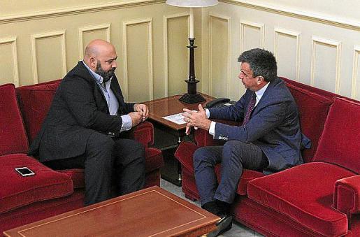 Jaime Martínez, con Miquel Vidal, en un encuentro reciente.