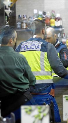 El pasado año se dieron a conocer casos de explotación laboral que acabaron con la detención de empresarios y locales clausurados.
