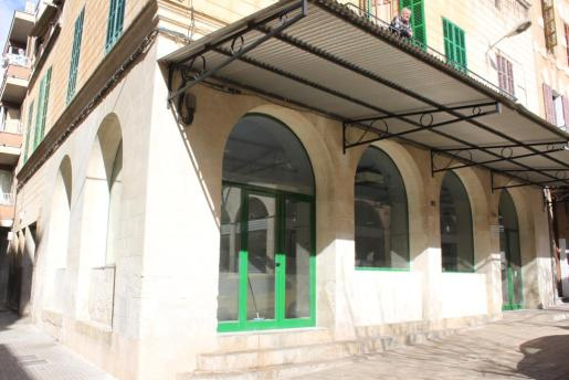 A finales del 2014 se limpió la fachada del edificio y se adecuó a la normativa de barreras arquitectónicas.
