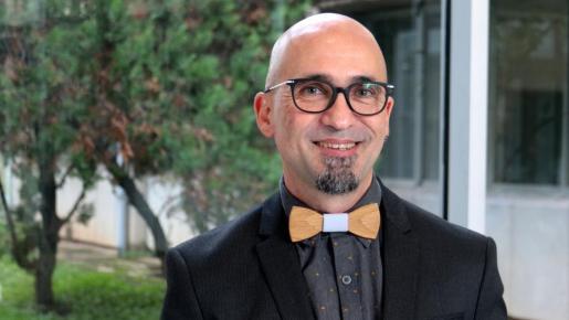 Enric Mas, autor de la tesis sobre el diseñador y escultor Francesc Barceló.