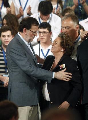 Mariano Rajoy y Rita Barberá durante una convención del PP en València-