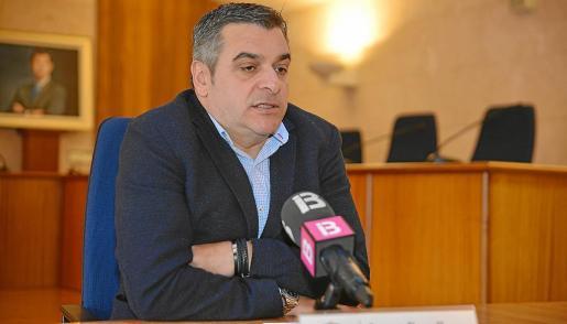 Jaume Porsell, alcalde de Andratx, denunció las amenazas ante la Guardia Civil.